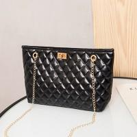 Geometric Texture Twist Lock Chain Strap Handbags - Black