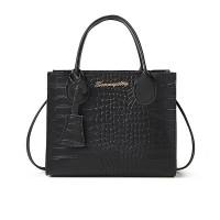 Crocodile Animal Pattern Zipper Closure Handbags - Black