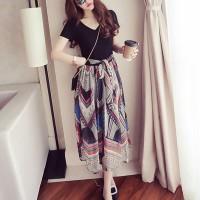 Short Sleeved V Neck Midi Dress - Multicolor