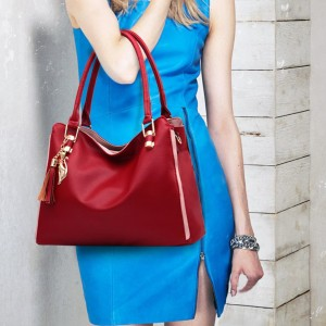 Large Capacity Simple Temperament Shoulder Bags - Wine Red