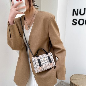 Synthetic Leather Plaid Printing Magnetic Buckle Women Shoulder Bag - Black
