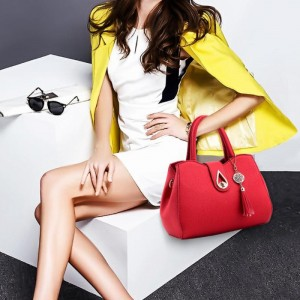 Classy Classical Fashion Beautiful Handbag - Red