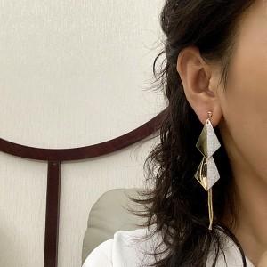 Elegant Women Rhombic Tassel Earrings - Golden