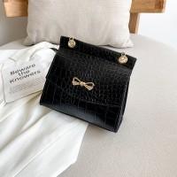 Synthetic Leather Crocodile Pattern Luxury Color Women Shoulder Bag - Black