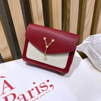 Synthetic Leather Magnetic Buckle Diagonal Pearl Chain Women Messenger Bag - Red