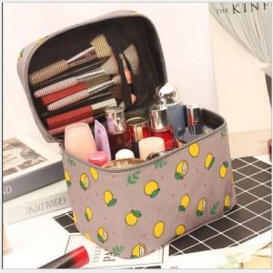 Fruits Printed Zipper Closure Travel Cosmetics Bags - Yellow