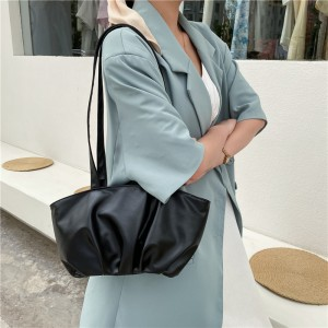 Retro Simple Pleated Cloud Underarm Shoulder Bag - Black
