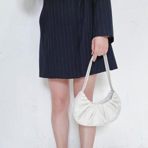 Wrinkled Retro Pleated Cloud Armpit Handle Bag - White