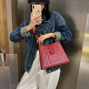 Wide Shoulder Strap Luxury Design Women Shoulder Bag - Wine Red