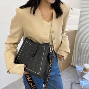 Wide Shoulder Strap Luxury Design Women Shoulder Bag - Black