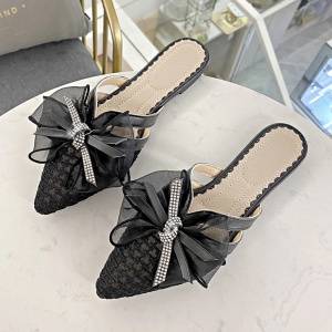 Ribbon Patched Crystal Decorative Pointed Slippers - Black