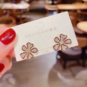 Fashionable Versatile Flower Earrings - Golden