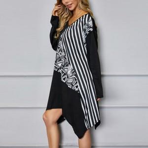 Irregular Geometric Printed Full Sleeves Dress - Black and White