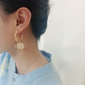 Fashion Advanced Sense Temperament Bow Earrings - Golden