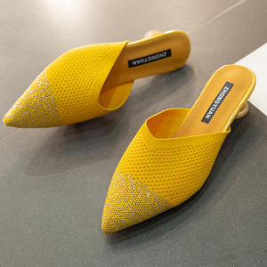Hollow Breathable Pointed Goblet Heel Sandals - Yellow