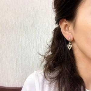 Diamond Shaped Luxury Zircon Pearl Earrings - Golden