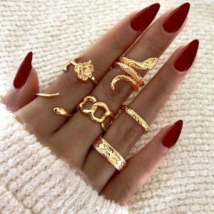 Gold Plated Six Pieces Vintage Wear Rings Set - Golden