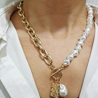 Rhinestone Patched Two Sided Gold Plated Necklace - Golden
