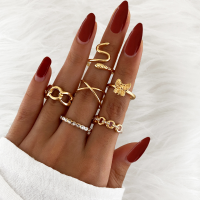 Six Pieces Crystal Patched Gold Plated Rings Set - Golden