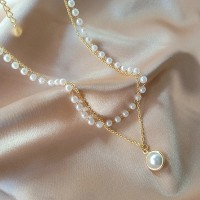Gold Plated Pearl Decorative Women Fashion Necklace - Golden