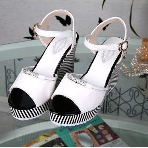Thick Sole Platform Buckle Closure Party Wear Sandals - White