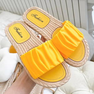 Ruffled Plastic Sole Casual Wear Outdoor Slippers - Yellow