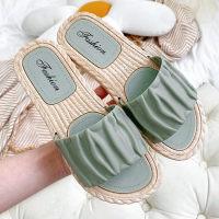 Ruffled Plastic Sole Casual Wear Outdoor Slippers - Green