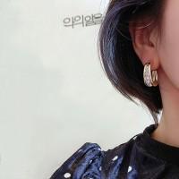 Girls Fashion Rahinestone Round Earrings - Golden