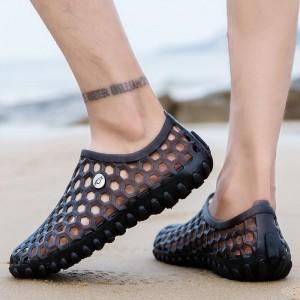 Plastic Hollow Breathable Soft Sole Flat Shoes - Black