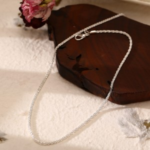 Silver Plated Hook Closure Women Fashion Necklace - Silver