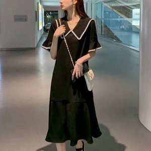 Doll Neck Short Sleeves Solid Color Midi Dress