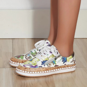 Floral Print Flat Sole Lace Closure Sneakers - Green