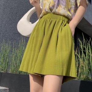 Ribbed Style Loose Elastic Waist Shorts - Green