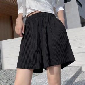 Ribbed Style Loose Elastic Waist Shorts - Black