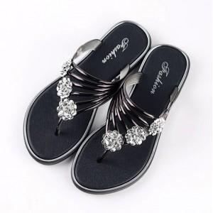 Decor Crystal Flat Wear Slip Over Sandal Slippers - Black