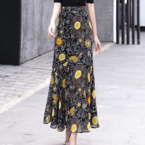 Thin Fabric A-Line Floral Printed Skirt - Black