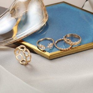 Gold Plated Vintage Style Rings Set - Golden