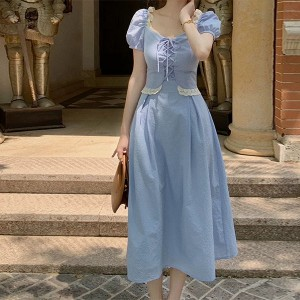 Sweetheart Neck Doll Style Lace Patched Midi Dress - Blue