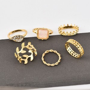 Gold Plated Six Pieces Bohemia Rings Set