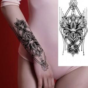 Geometric Print Non Toxic Skin Friendly Easy Pasting Waist Tattoo - Black