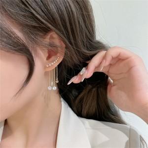 Fashion Star Rhinestone Fringed Earrings - Golden