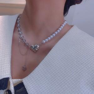 Irregular Pearl Heart Girls Necklace - Silver