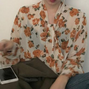Knotted Rose Print Casual Wear Blouse Top - Apricot