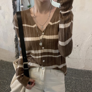 V Neck Striped Printed Full Sleeves Top - Coffee