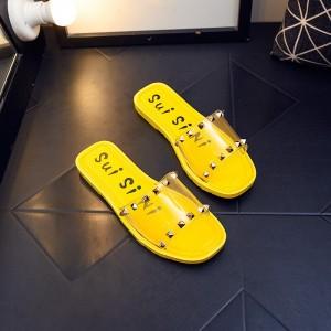 Decorative Flat Sole Women Fashion Slippers - Yellow