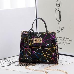 Twist Lock Geometric Print Chain Strap Handbags - Multicolor