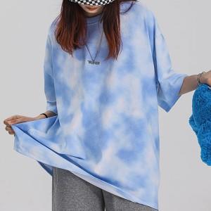 Cloudy Pattern Printed Loose Wear Summer T-Shirt - Blue