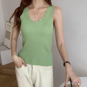 Casual V Neck Sleeveless Women's Outerwear Trendy Inner Top - Green