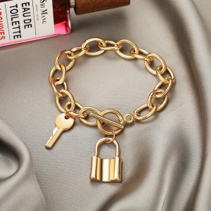 Lock Key Hanging Gold Plated Braid Chain Bracelet
