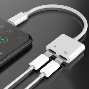2 in 1 IPhone 7 8 X Splitter Dual Lightning Adapter